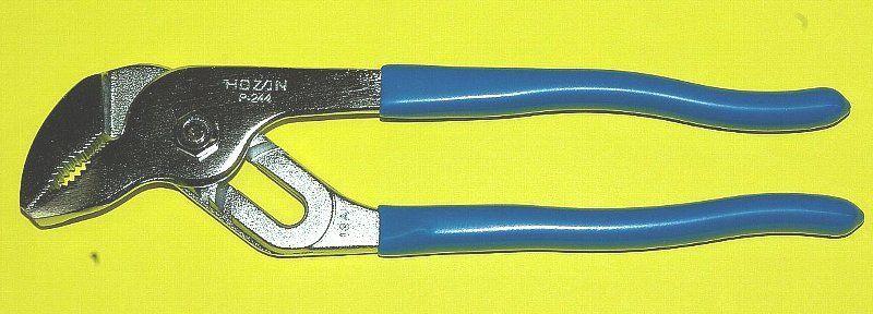 電気工事士試験用工具プライヤーの写真
